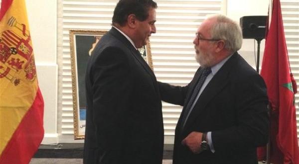 وزير الفلاحة المغربي السيد عزيز أخنوش يكمل الاتفاق مع اسبانيا بخصوص الفلاحة