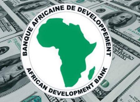 البنك الإفريقي للتنمية يعد المغرب بملياري دولار من المساعدات