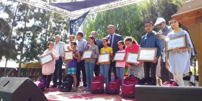 حفل توزيع الجوائز على أبناء منخرطي جمعية الخدمات الاجتماعية لمستخدمي المكتب الجهوي للاستثمار الفلاحي لسوس